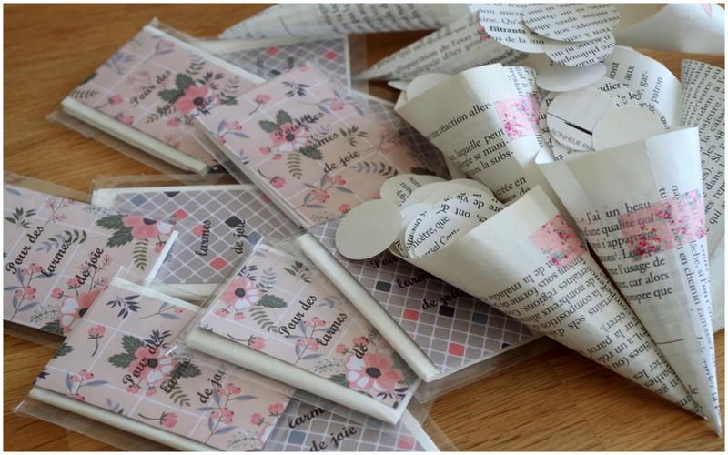 Do It yourself cérémonie laïque : pochettes à mouchoirs et cornets en papier