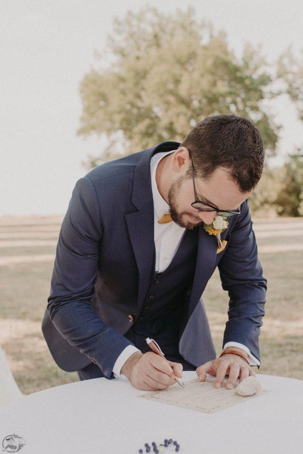 signature du certificat de cérémonie laïque