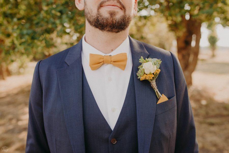 boutonniere jaune marié