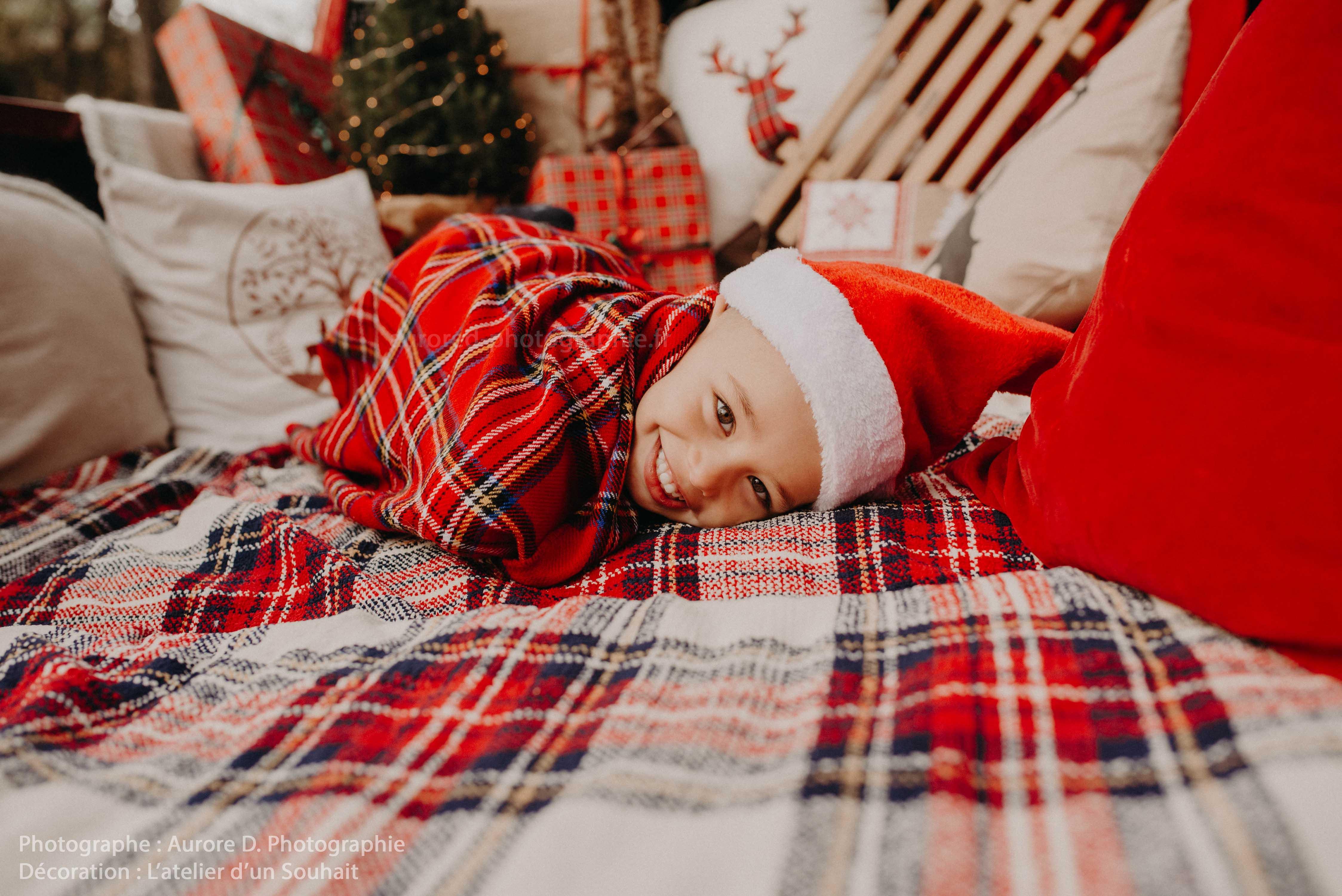 Décor de Noël pick up pour séance photo créé par L'atelier d'un souhait - Tours