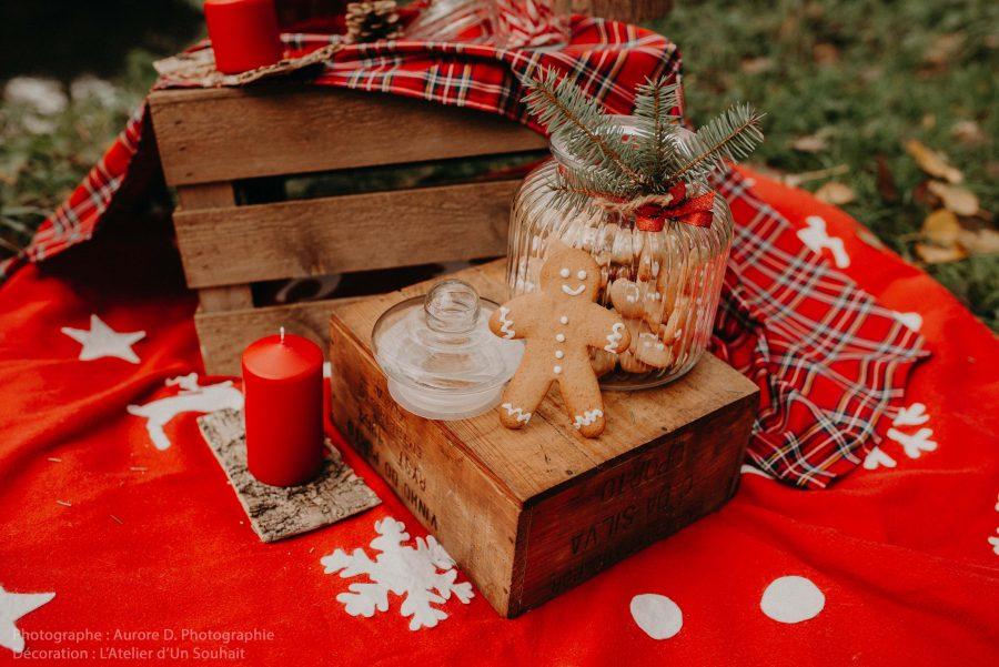 décor de Noël avec petit bonhomme en pain d