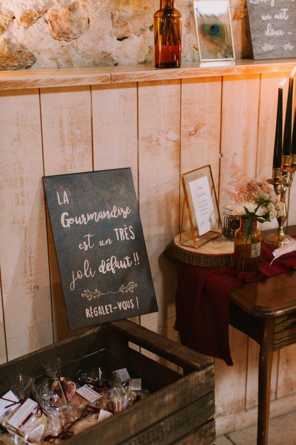 décoration de mariage-cadeaux invités- gâteau de lavande